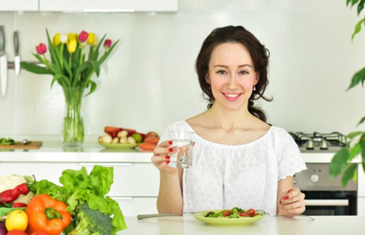 10 غذايي مفيد براي سلامت اندام هاي زنانه