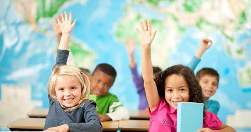 کی به کودک مان زبان دوم بیاموزیم؟