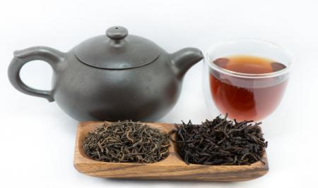 آشنایی با چای سبز و چای پوئر از منظر طب سنتی