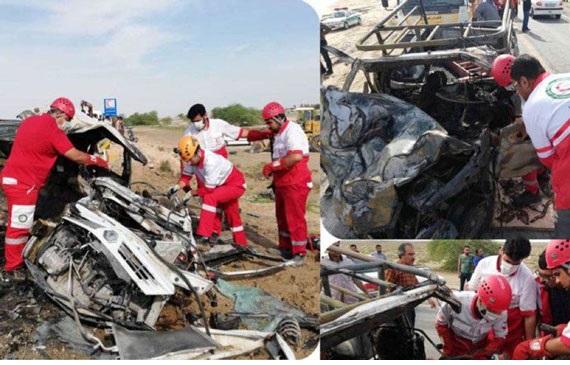 زنده زنده سوختن ۳ مسافر در ماشین مچاله شده + عکس