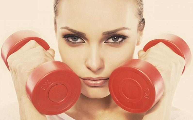 جلوگیری از شلی و افتادگی پوست با چند ورزش ساده و خانگی