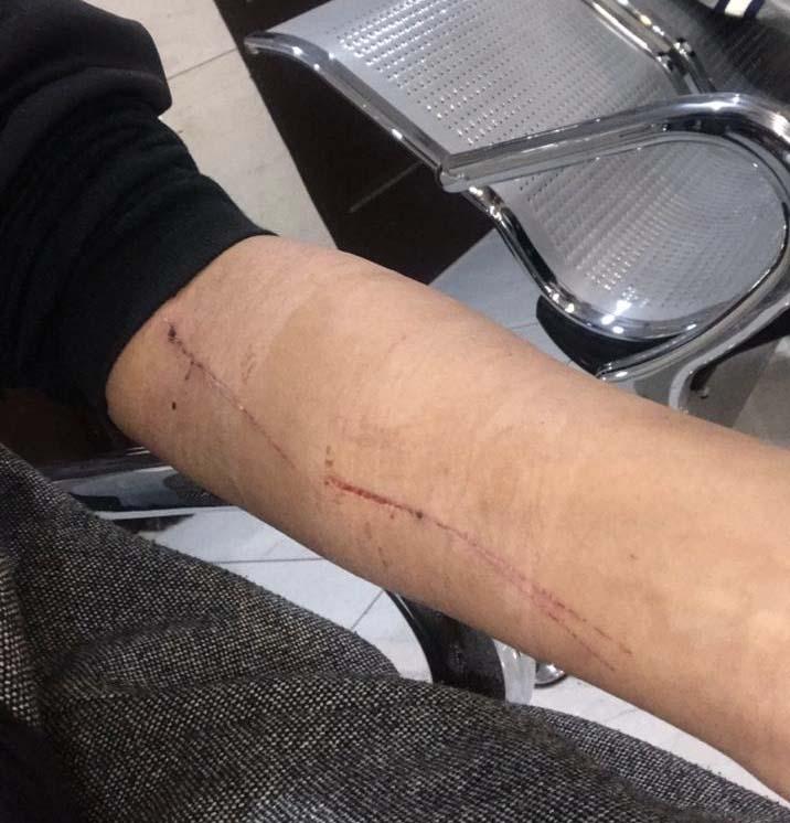 برخورد بی سابقه پلیس فرودگاه تفلیس با یک بانوی ایرانی + عکس