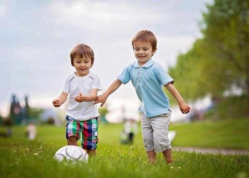 کودکان ورزش را از چه سنی آغاز کنند