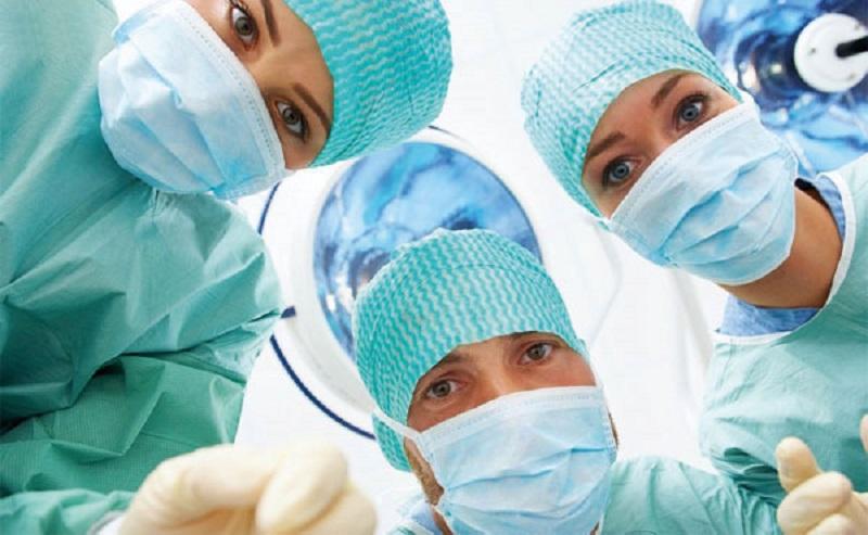 عوارض جراحي تيروئيد