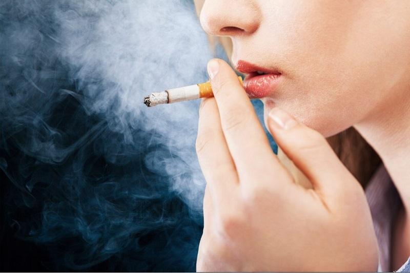 ترک سیگار با خوراکی های پیشنهادی متخصصان طب سنتی