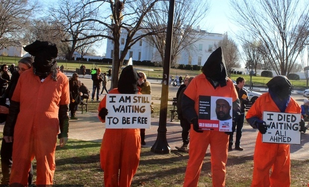 تظاهرات مقابل کاخ سفید + عکس
