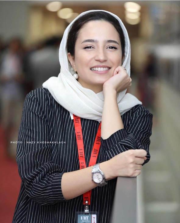 تیپ همسر رامبد جوان در جشنواره فجر