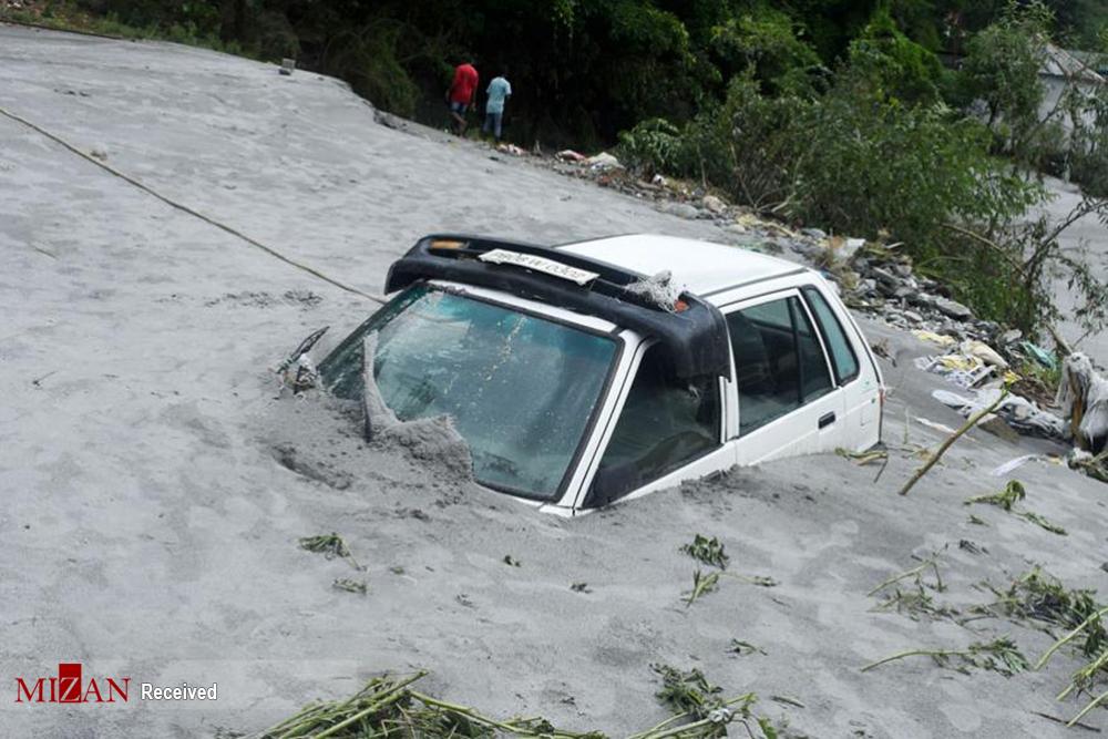 باران سیل آسایی که هند را با خود برد! + عکس