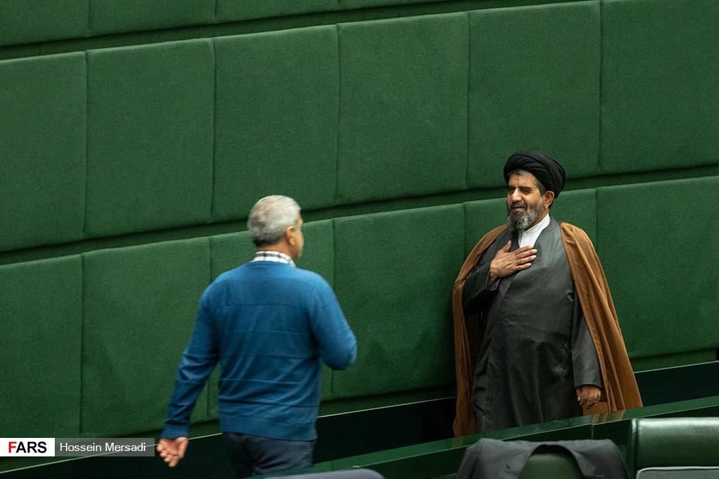 راهروهای مجلس تردمیل شد! + عکس