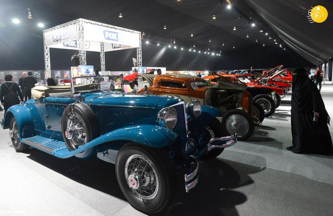 بازدید رونالدینیو از نمایشگاه خودروی ریاض + عکس