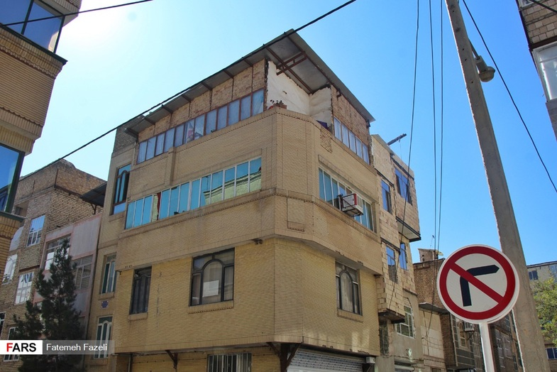 رواج پدیده پشت بام فروشی در مشهد + عکس