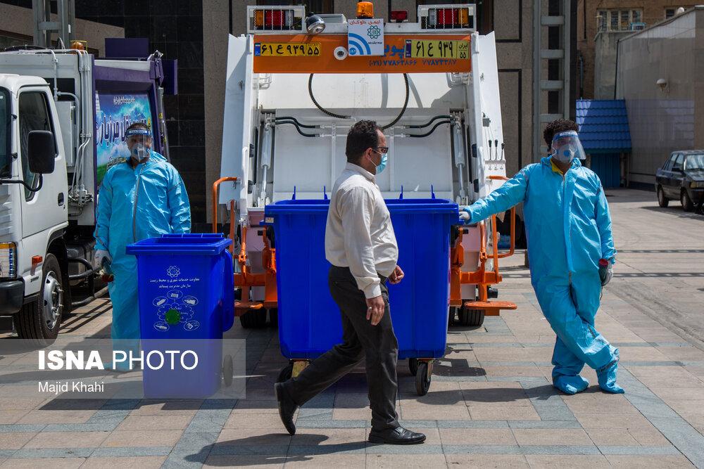 7523874955 - رونمایی از ۴۰ دستگاه جمعآوری زبالههای بیمارستانی + عکس