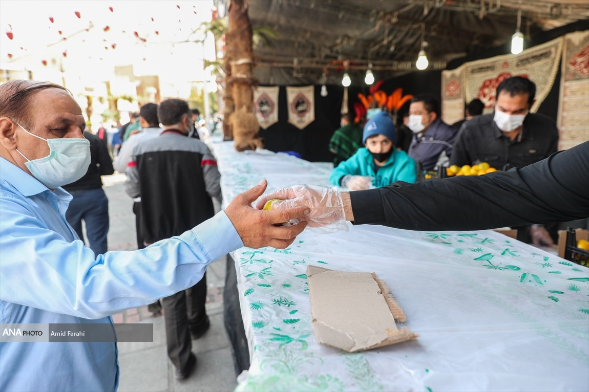 79867874 - موکبهای اربعین حسینی با رعایت پروتکل های بهداشتی + عکس