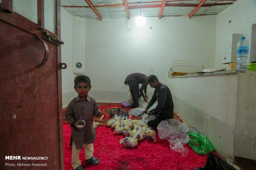 90079 - برگزاری اربعین متفاوت در ۳۰ کیلومتری مرز افغانستان + عکس