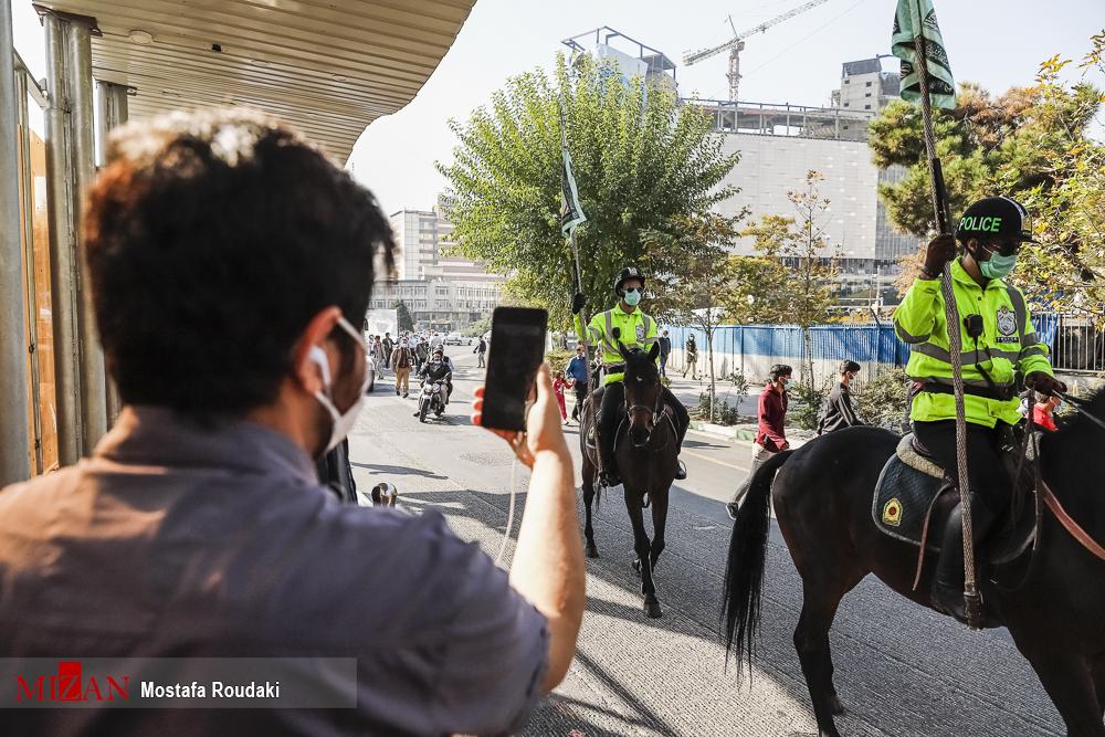 5892039587 - علاقه تهرانی ها به یگان اسب سواران ناجا + عکس