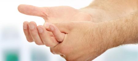 tingling hands1 2 - علت خواب رفتن دست چیست؟
