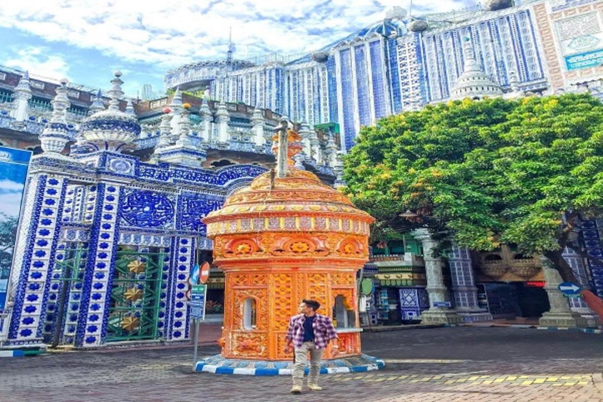 n00481778 r b 009 - مسجدی که شاهکار بی نظیر معماری است + تصاویر