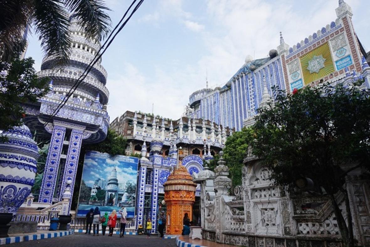 n00481778 r b 011 - مسجدی که شاهکار بی نظیر معماری است + تصاویر