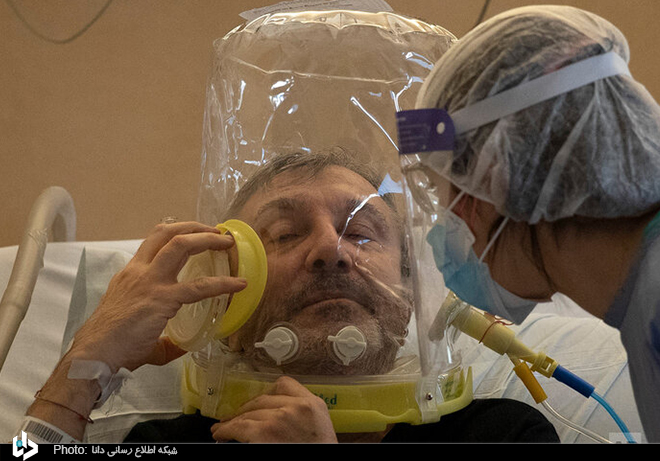 ماسک تنفسی عجیب در بیمارستان ایتالیا + عکس