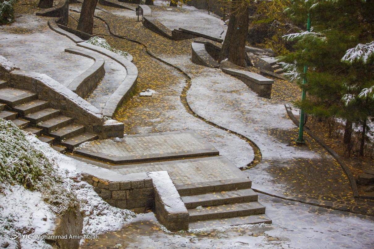 40015 - بارش اولین برف امسال در همدان+عکس