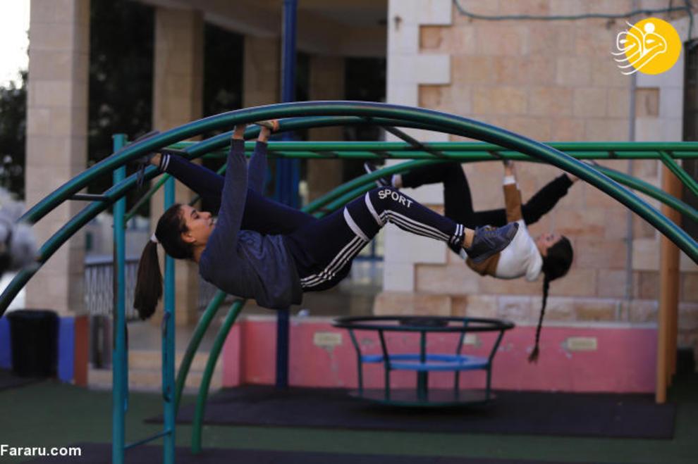 3e87c587 b75e 47af 9431 52c2d52708ec - اولین دختران پارکورباز در فلسطین + عکس