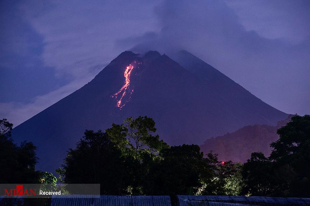 فوران آتشفشان کوه مراپی در اندونزی + عکس