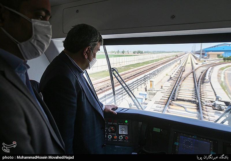 نخستین قطار ملی مترو + عکس