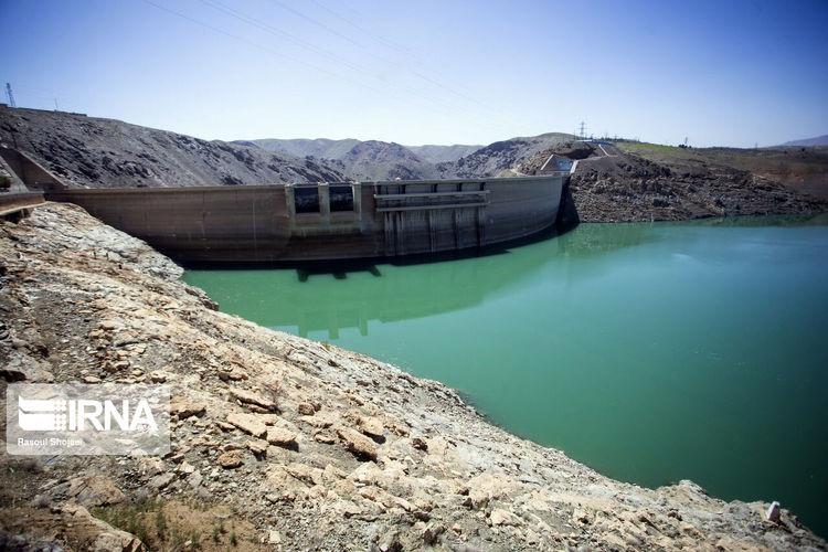 ذخیره آب سد زاینده رود + عکس