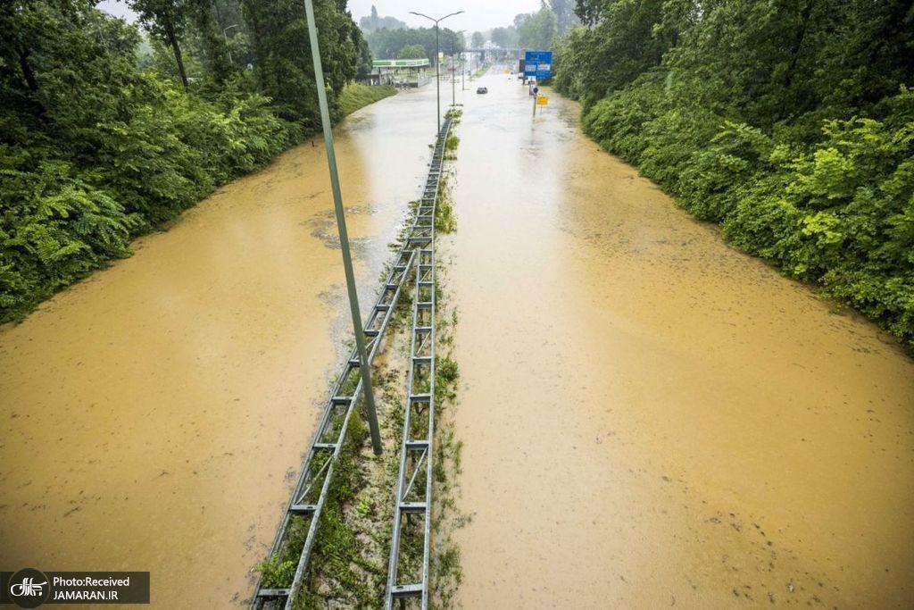 جاری شدن سیل در بزرگراه A79 هلند + عکس